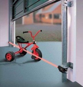 Garage door safety sensor