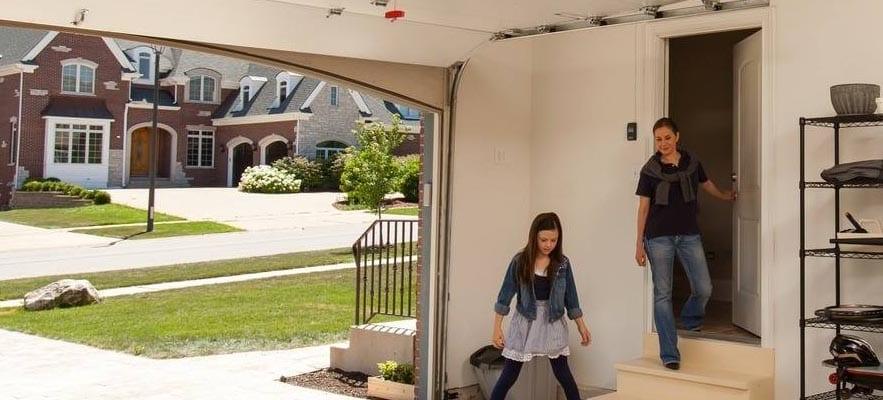 garage door safety concerning your children